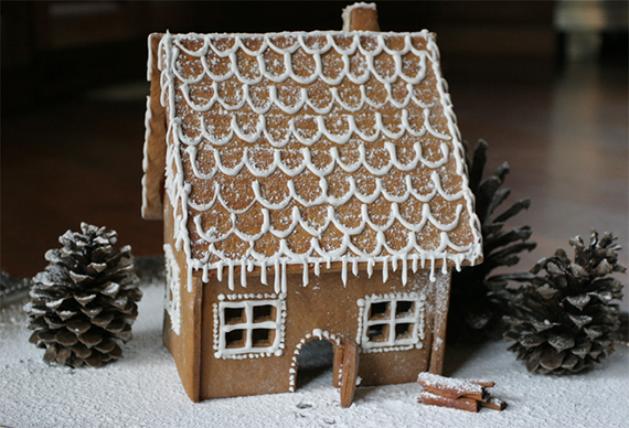 23 gingerbread house designs and recipes ecookbook. Black Bedroom Furniture Sets. Home Design Ideas