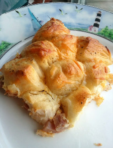 5-Ingredient Ham and Cheese Biscuit Bake
