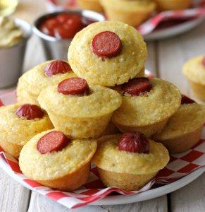 Muffin Tin Corn Dog Bites | RecipeLion.com